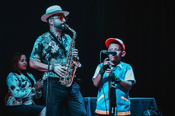 Saxophone sur scène